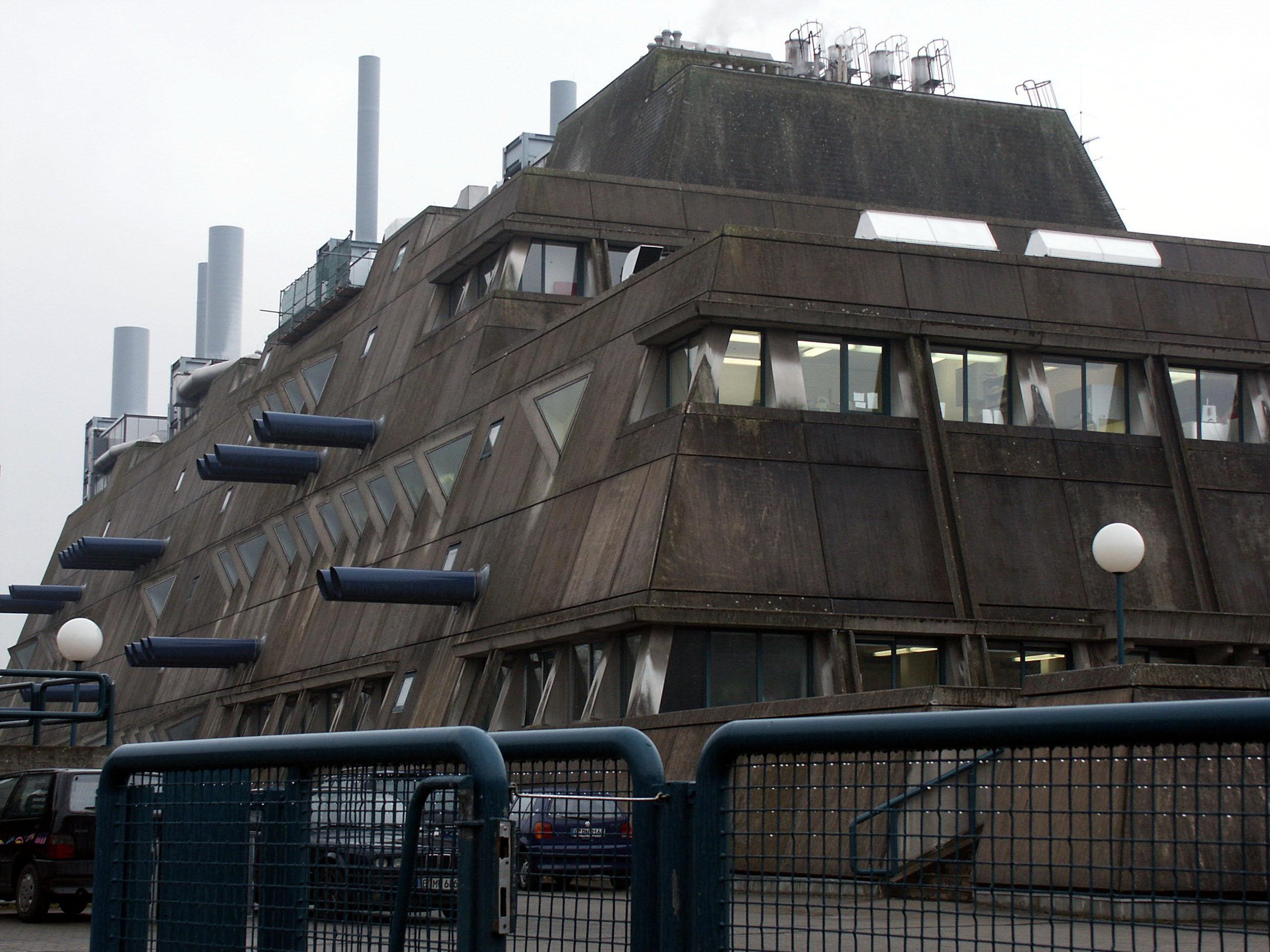 Nachkriegsarchitektur for Architektur brutalismus